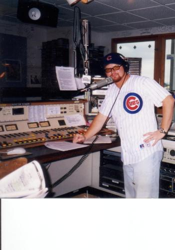 Mike from Spool Going Round in full Cubs gear at Seattle's KMTT in 1997